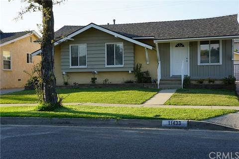 11433 212th St, Lakewood, CA 90715