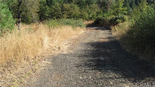 863 Redwood Rd, Whitethorn, CA 95589