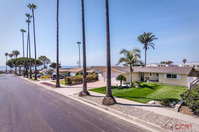 134 Seacliff Drive, Pismo Beach, CA 93449