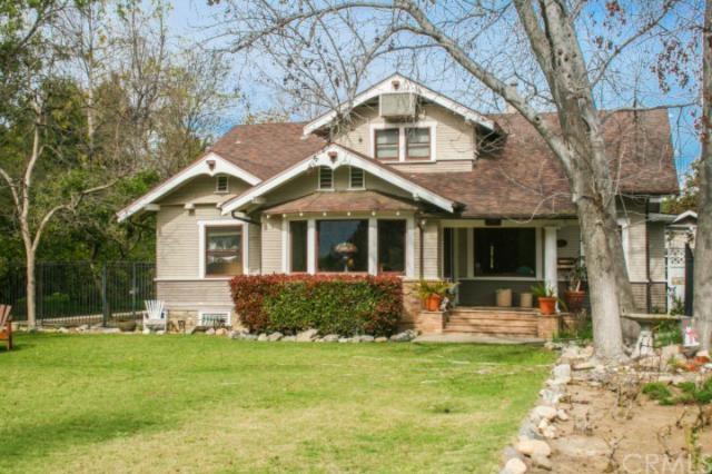 541 W Santa Clara Ave, Santa Ana, CA 92706