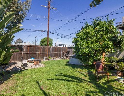 835 Brooks Ave, Venice, CA 90291