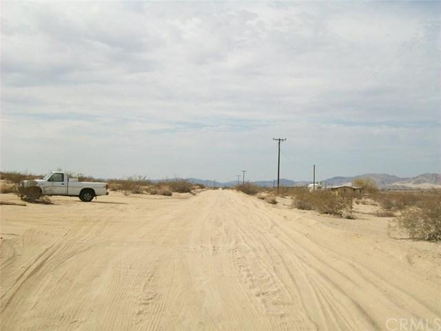 2 Decker Avenue, 29 Palms, CA 92277