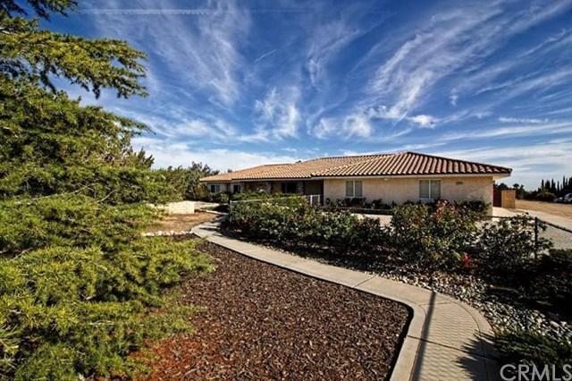 12176 El Centro Rd, Oak Hills, CA 92344