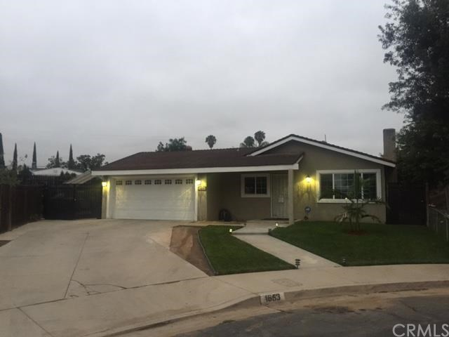 1653 Sue Cir, Corona, CA