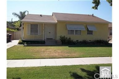 2911 Charlemagne Ave, Long Beach, CA