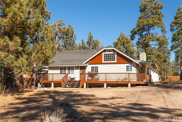 302 Landing Ln, Big Bear Lake, CA
