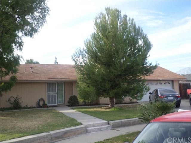 9934 Ironwood Ct, Fontana, CA