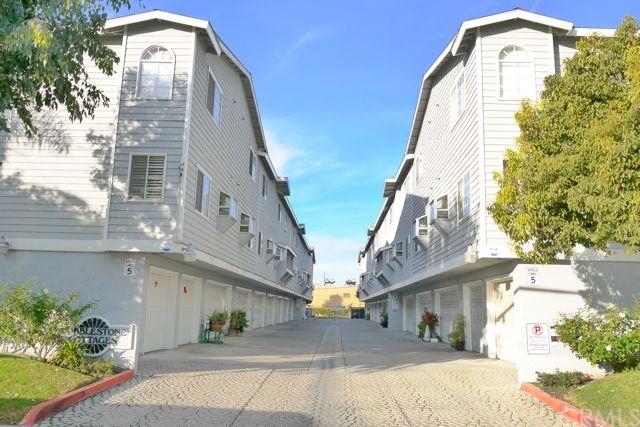 8146 Cobblestone Ln #APT 15, Midway City, CA