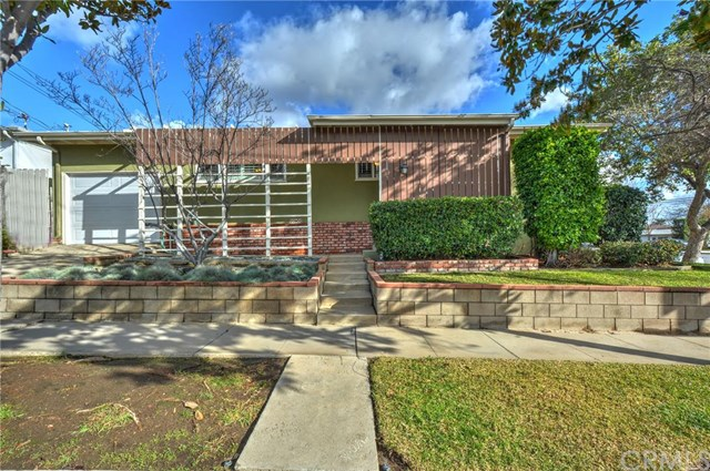 3302 Pacific Ave, Long Beach, CA