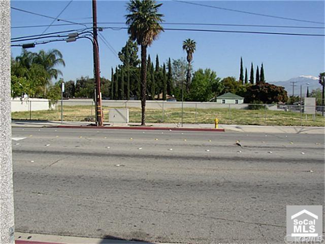 2085 S Towne Avenue, Pomona, CA 91766