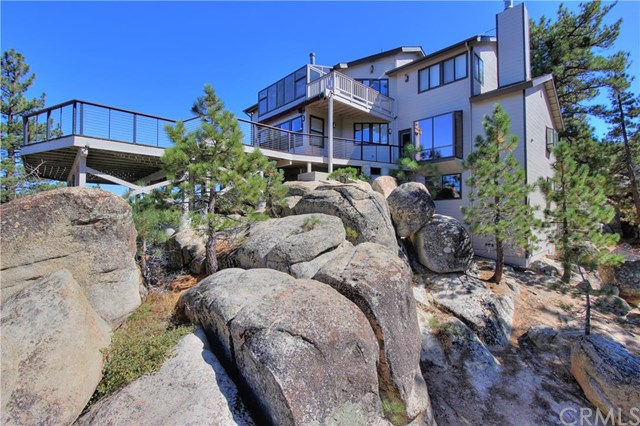 806 Boulder Rd, Big Bear Lake, CA