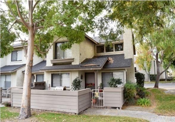 1386 N Schooner Ln #APT 86, Anaheim, CA