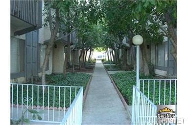 13471 Hubbard St #APT 40, Sylmar, CA