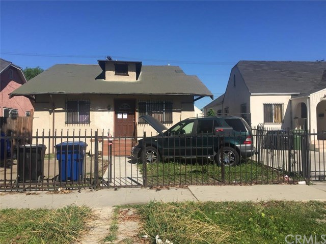 1119 W 68th St, Los Angeles, CA