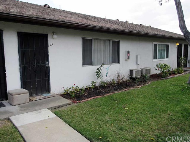1800 E Heim Ave #APT 19, Orange CA 92865