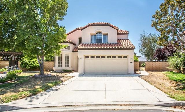 19217 Oak St, Apple Valley, CA 92308