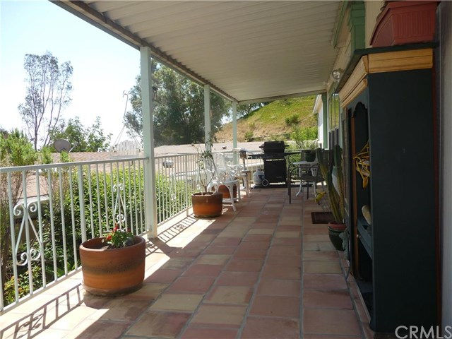 24425 Woolsey Canyon Apt 107 Road #107, West Hills, CA 91304