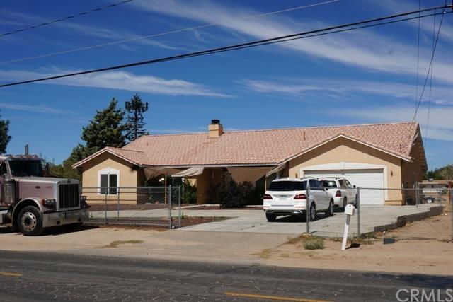 9450 11th Ave, Hesperia, CA 92345
