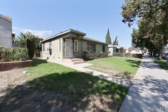 2961 Pacific Avenue, Long Beach, CA 90806