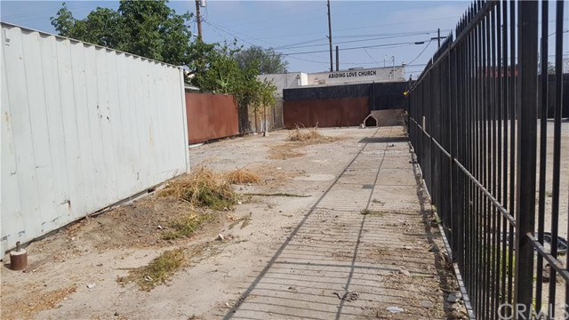 1407 W 58th Place, Los Angeles, CA 90047