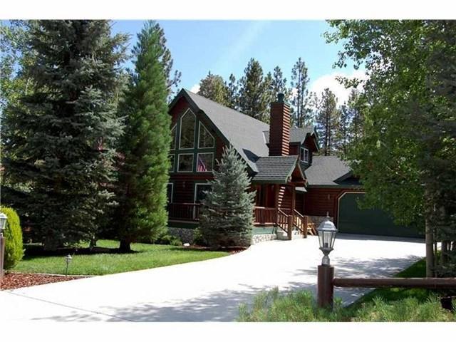 940 Alpenweg Dr, Big Bear City, CA 92314