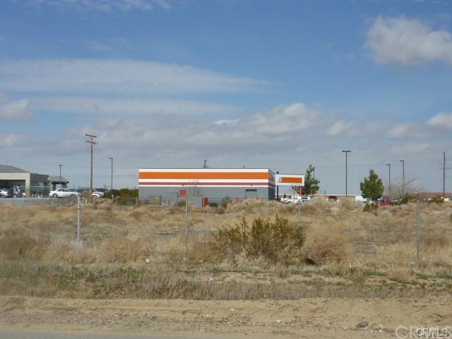 13800 Del Gado Rd, Victorville, CA 92392