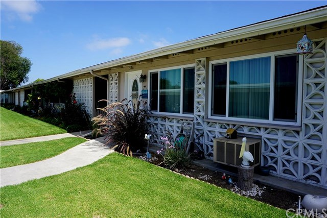 1422 Merion Way #59B   M2, Seal Beach, CA 90740