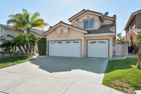 1051 S Mountcrest Ct, Anaheim, CA 92808