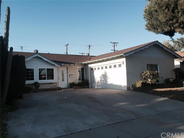 11543 206th St, Lakewood, CA