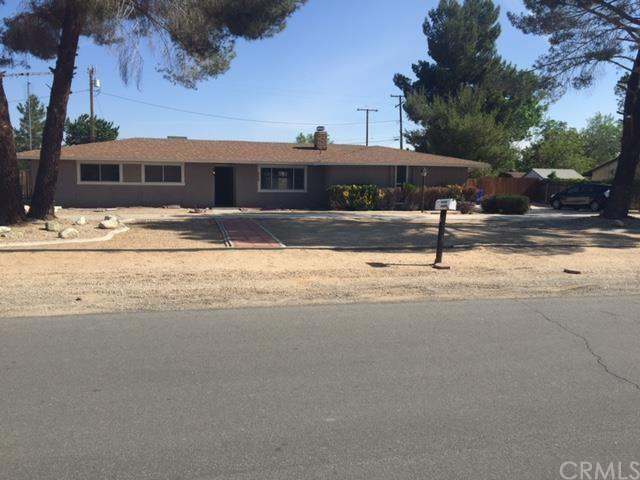 21080 Malibu Rd, Apple Valley, CA 92308