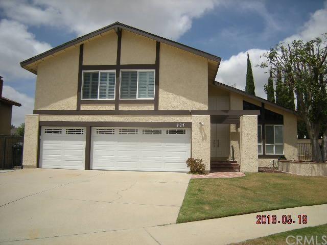 207 San Antonio Cir, Placentia, CA