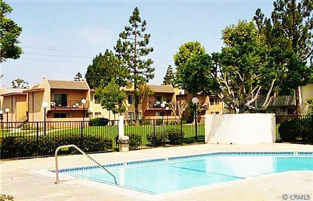 801 S Lyon St #L8, Santa Ana, CA 92705