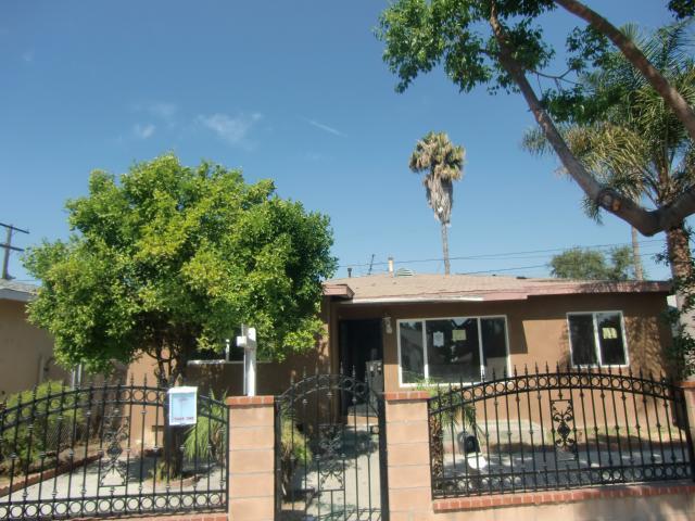 10949 Duncan Ave, Lynwood, CA 90262