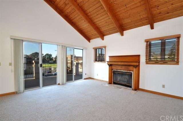 825 Cypress Ave, Hermosa Beach, CA 90254