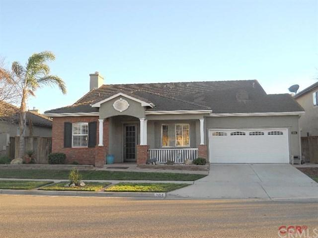 704 Singleton Dr, Santa Maria, CA 93455