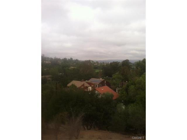 20922 Marmora St, Woodland Hills, CA 91364