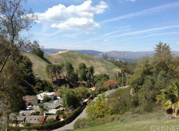 22515 Quinta Rd, Woodland Hills, CA 91364