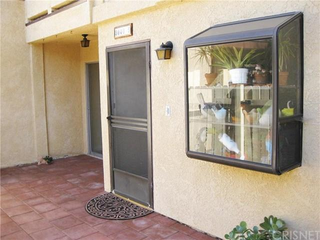 8040 Canby Ave #5, Reseda, CA 91335