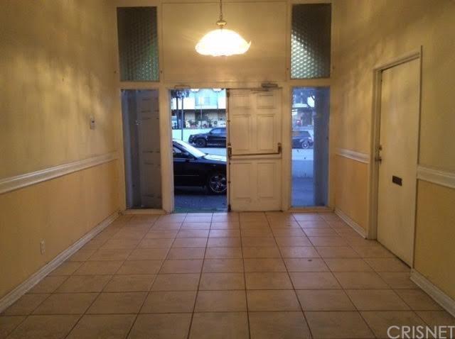 1577 N Fair Oaks Avenue, Pasadena, CA 91103