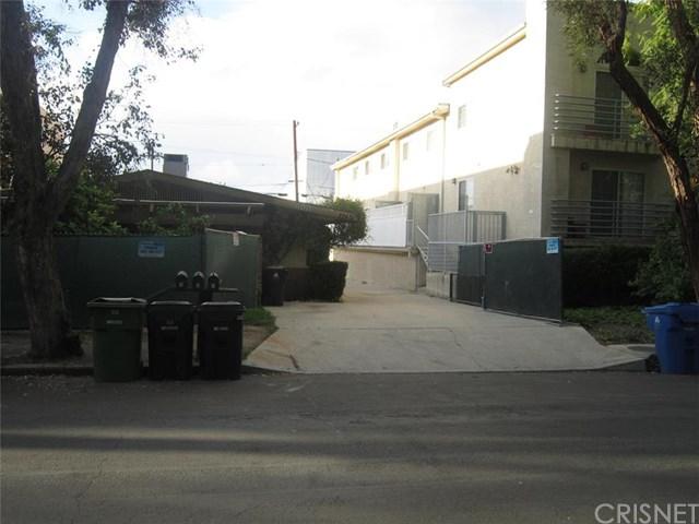 22425 Del Valle Street, Woodland Hills, CA 91364