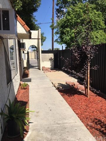 8403 Lindley Ave, Northridge, CA 91325