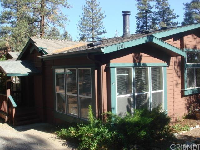 1701 Freeman Ct, Pine Mtn Club, CA 93225