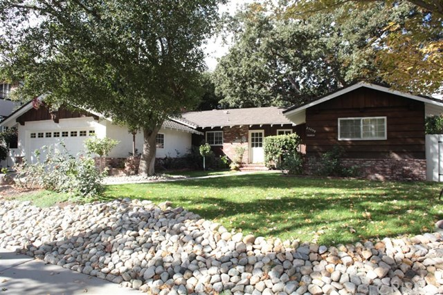 25059 Highspring Avenue, Newhall, CA 91321