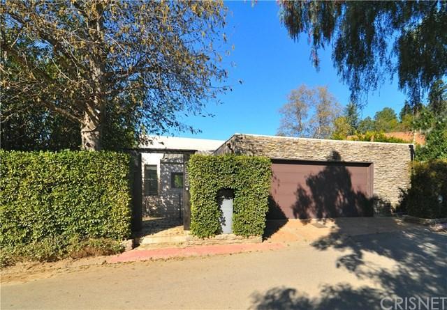 2663 Desmond Estates Rd, Los Angeles, CA 90046