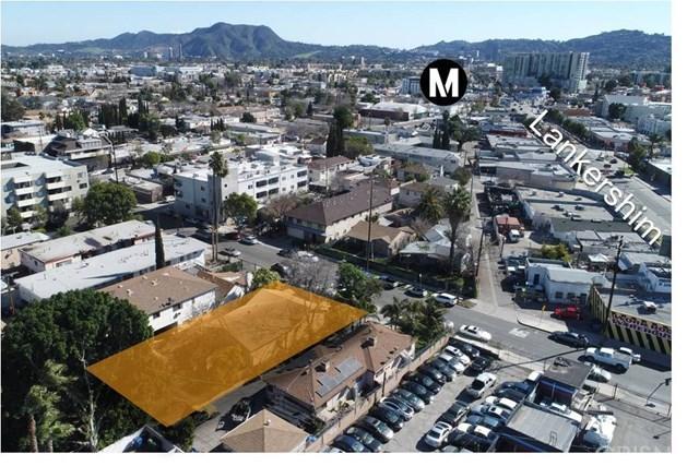 11437 Hatteras St, North Hollywood, CA 91601