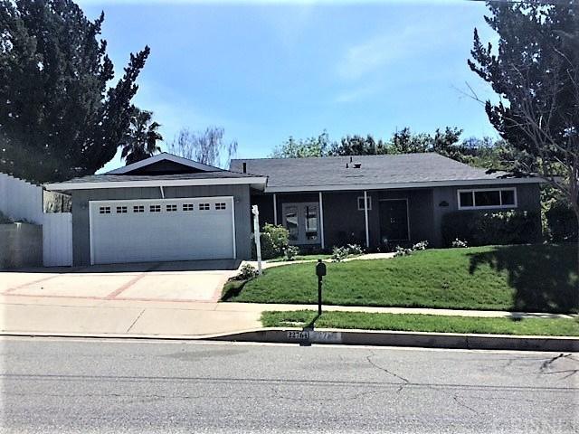22764 Liberty Bell Rd, Calabasas, CA 91302