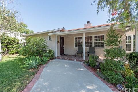 22703 Sylvan St, Woodland Hills, CA 91367