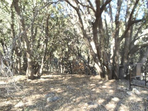 1821 Linden Dr, Pine Mtn Club, CA 93222