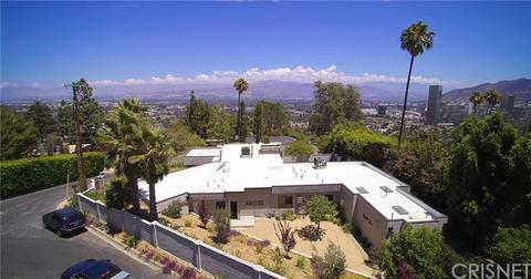 11207 Laurie Dr, Studio City, CA 91604