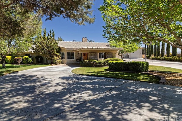 15211 Chaparral Ln, Apple Valley, CA